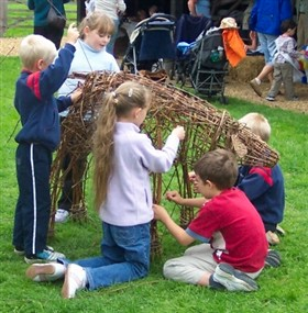 Photo:Building a Willow Calf at the Farmland Museum